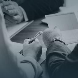 Comunicado | Sindicatos que representam uma categoria podem propor diferenciação entre associados e não associados nos aumentos salariais?
